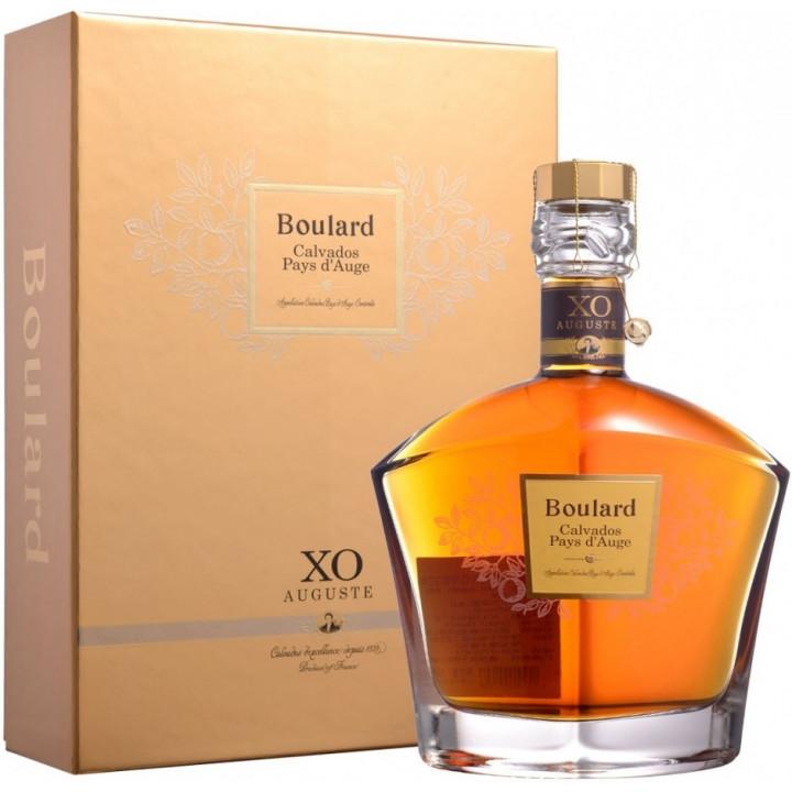 "Кальвадос Boulard, ""Auguste"" XO, Pays d'Auge AOC, gift box, 0.7 л"
