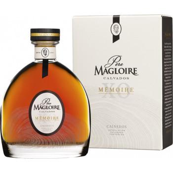 Кальвадос Pere Magloire, Memoire XO, gift box, 0.7 л