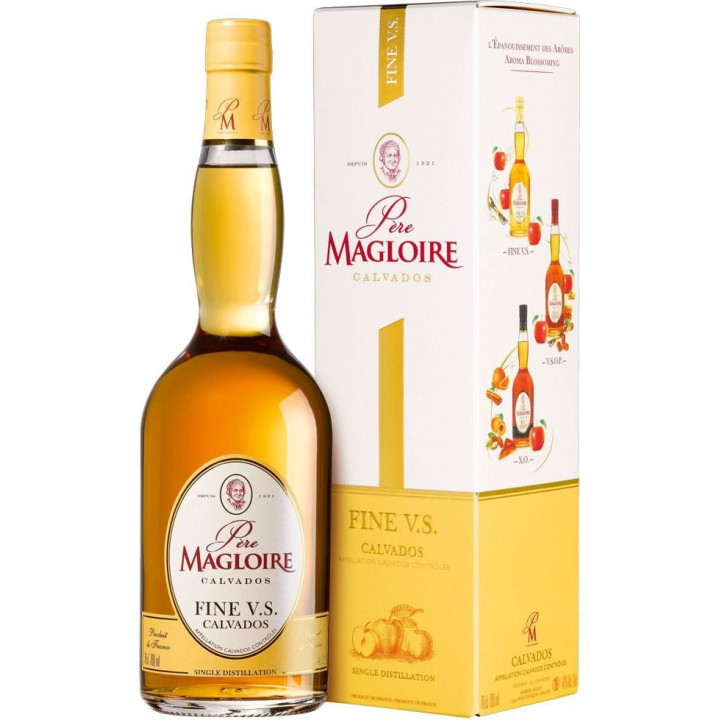 Кальвадос Pere Magloire Fine V.S, gift box, 0.7 л
