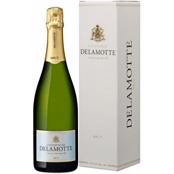 Шампанское Delamotte, Brut, Champagne AOC, gift box